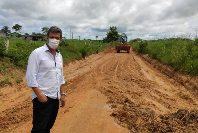 ACOMPANHAMENTO DE OBRAS NAS ÁREAS RURAIS DE MONTE NEGRO